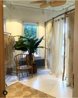 Davet-Cok-Elbisem-Yok-Showroom